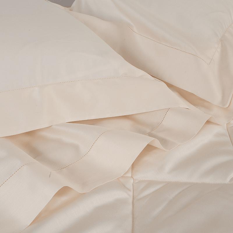 Completo Lenzuola Biancauluna Master in raso di cotone